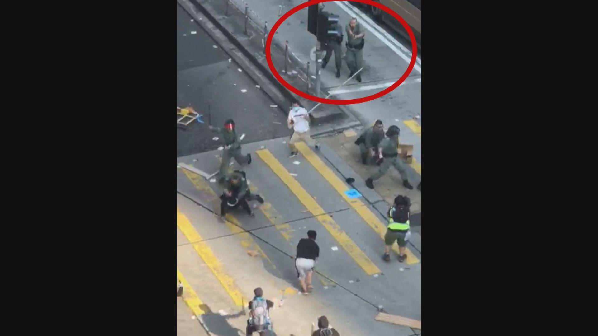警員油麻地被示威者襲擊 開兩槍實彈示警