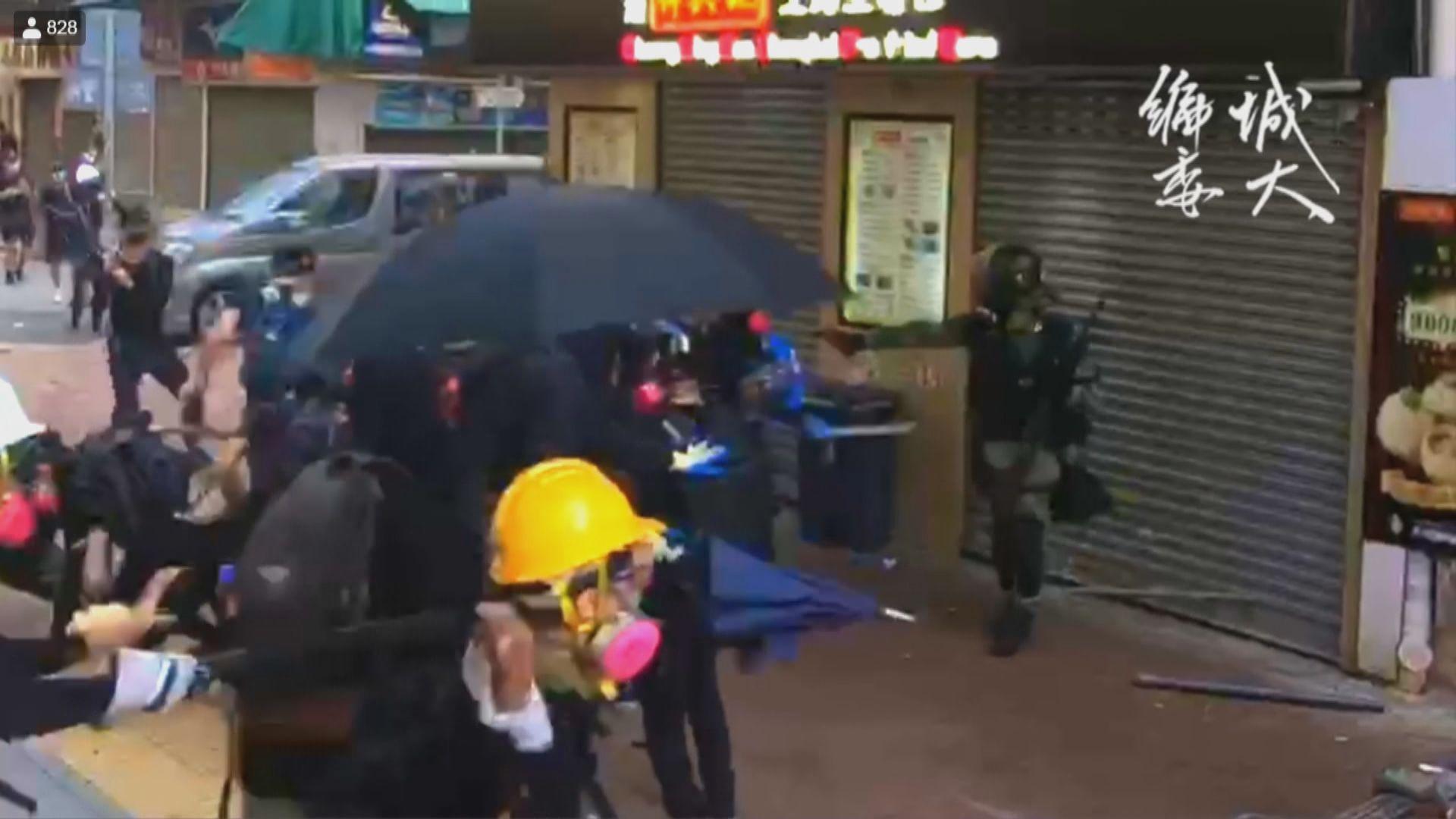 有警員在荃灣開實彈槍擊中一名示威者