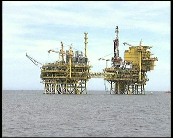 渤海漏油持續油田遭責令停產