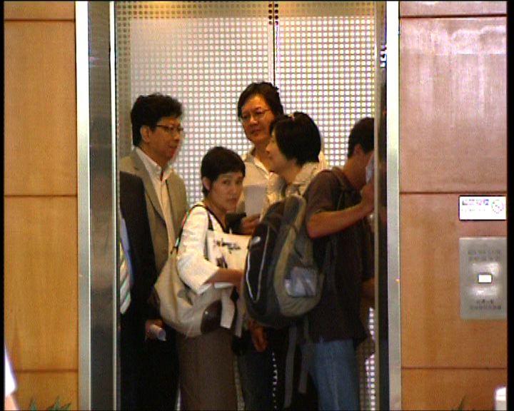 唐英年會見傳媒高層商採訪安排