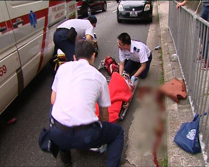 山頂有客貨車撞傷外籍女子