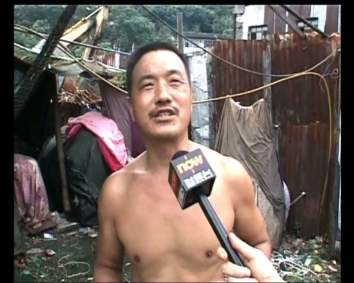 目擊居民:列車墮橋發出巨響