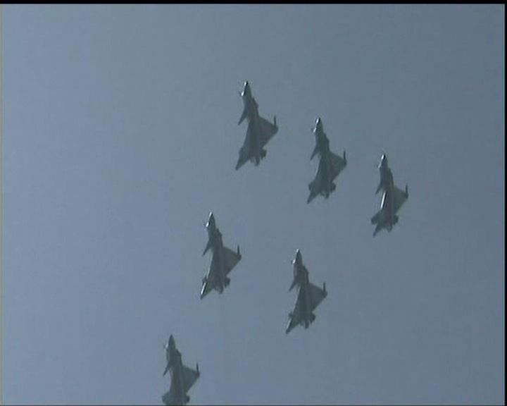 中國空軍展現新一代精銳戰機