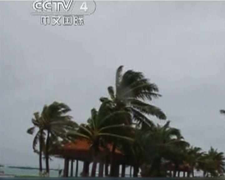 強颱風山神逼近海南持續降雨