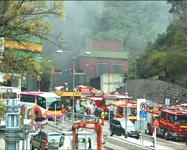 獅隧受火警影響管道損毀嚴重