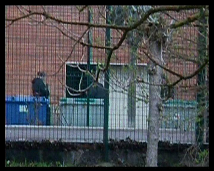法國連環槍擊案疑犯續與警對峙