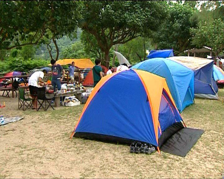 內地旅客與本地人爭用貝澳營地