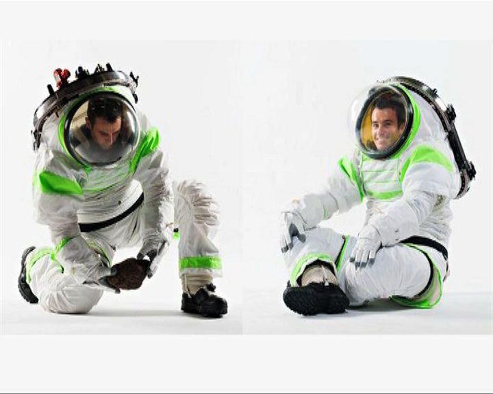美國新一代太空衣似巴斯光年