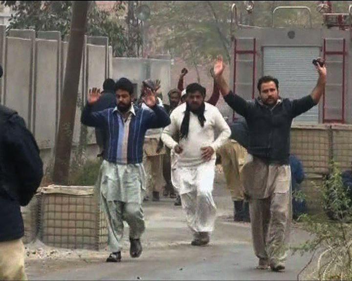 巴基斯坦警署遇自殺式襲擊