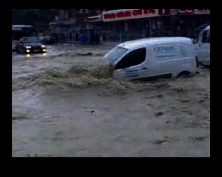 俄羅斯南部暴雨成災逾百人死亡