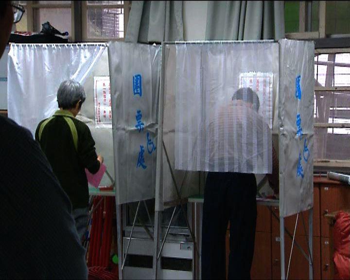 首投族承認會支持較有印象的候選人