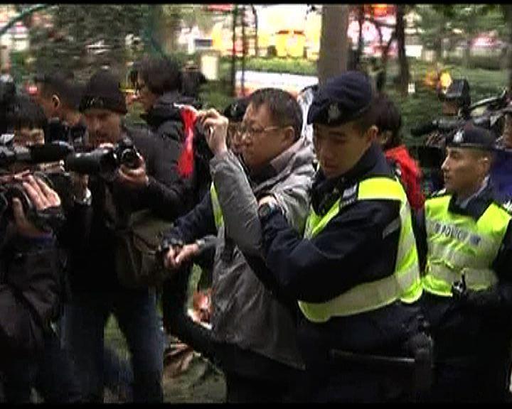警方控告襲本台攝影師男子襲擊罪