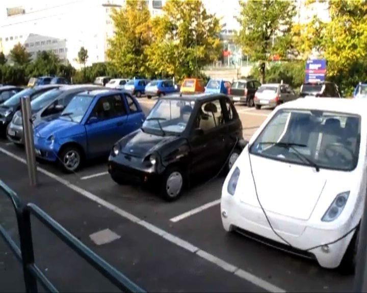 新聞智庫:純電動車只用電池限制多