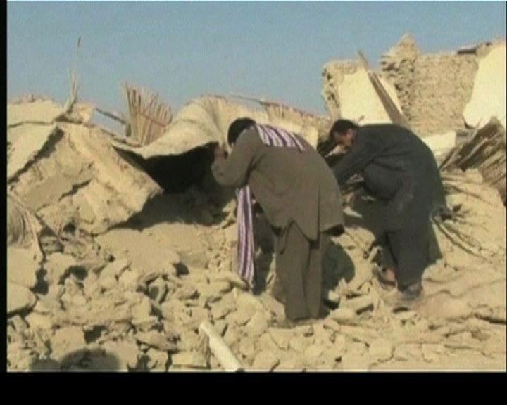 巴基斯坦地震增至327人死