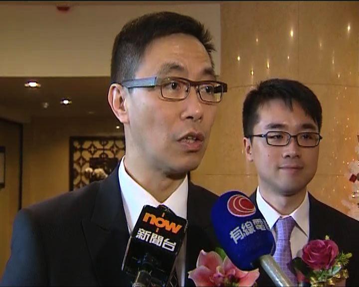 楊潤雄:中學收雙非童數目由學校處理
