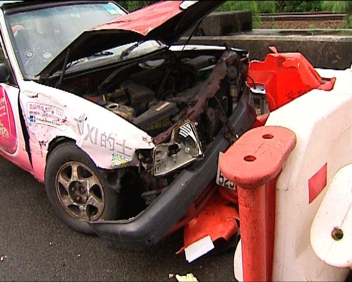 吐露港公路四車相撞六人傷