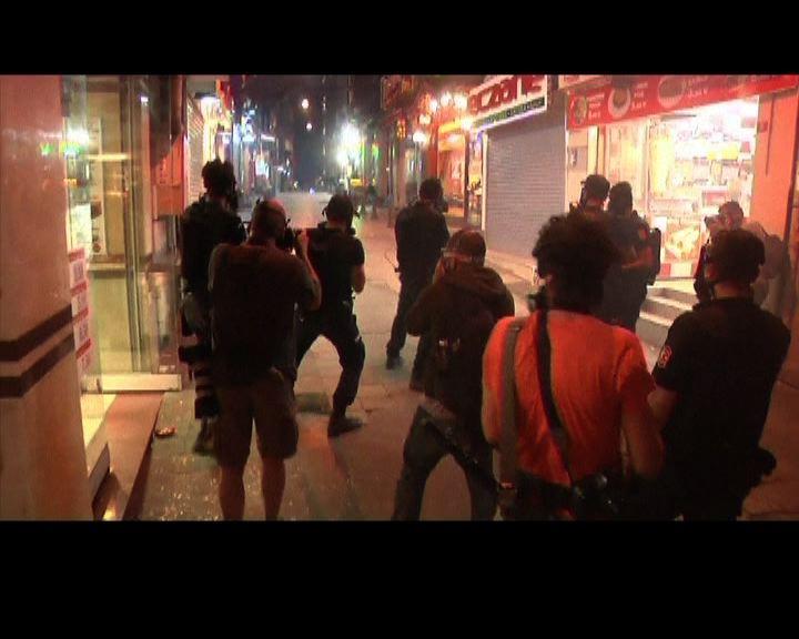 土耳其示威持續總理指外國煽動