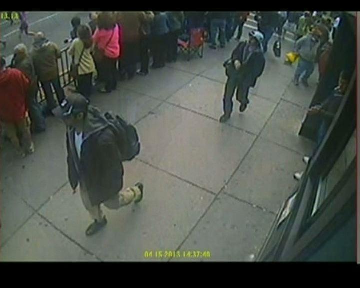 波士頓爆炸案警方指兩疑犯極度危險