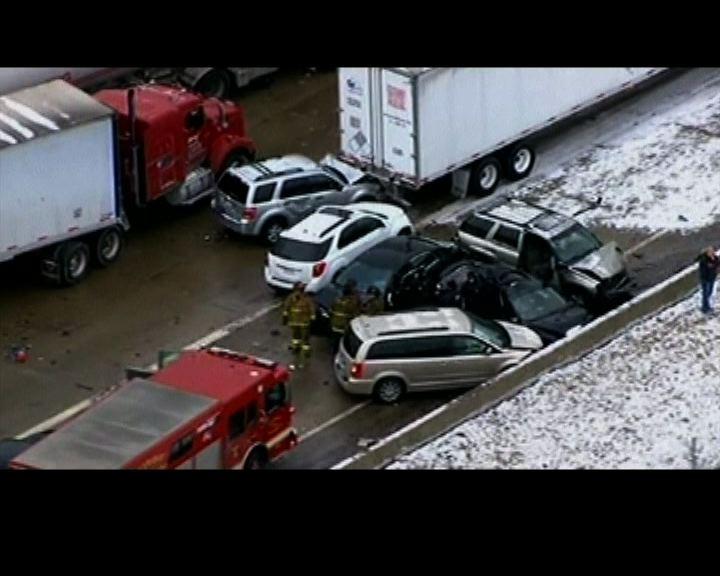 美底特律汽車連環相撞至少三死