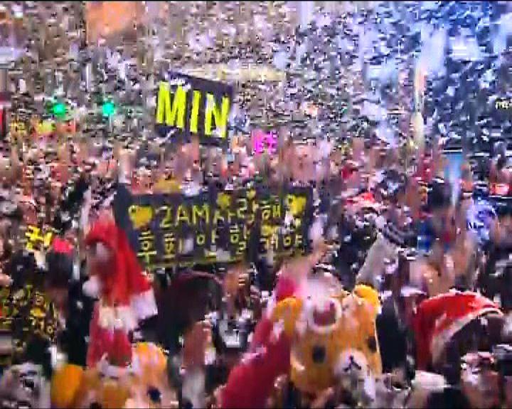 尖沙咀聖誕倒數吸引市民遊客