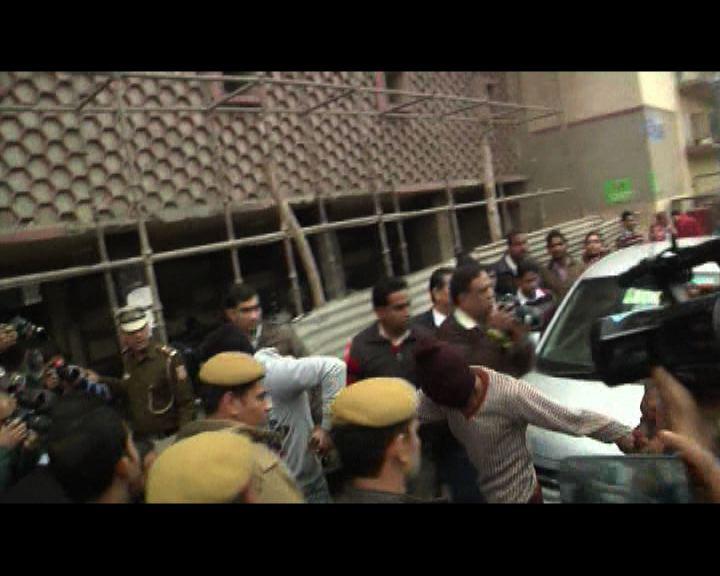 印度涉輪姦丹麥女遊客疑犯提堂