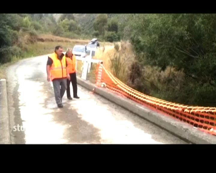 港家庭新西蘭自駕遊車禍2人仍留醫