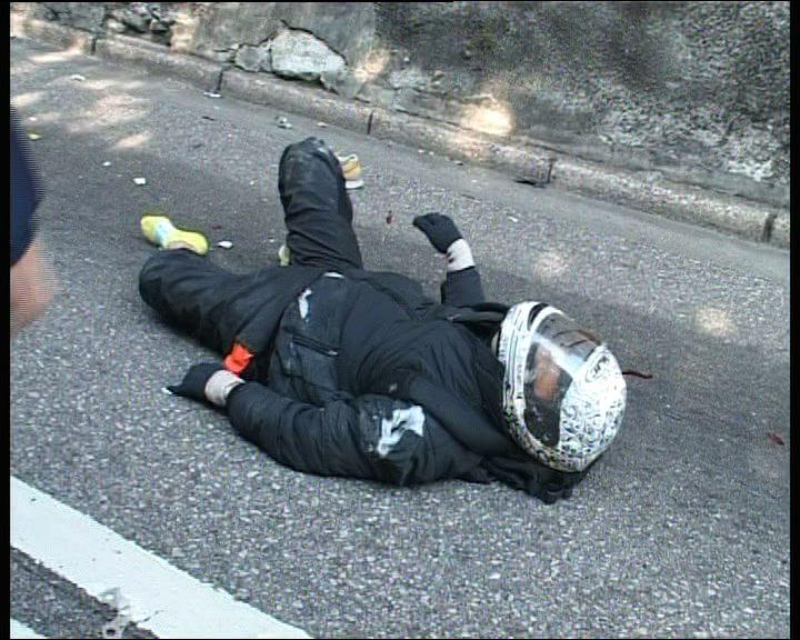 大潭道交通意外兩鐵騎士受傷