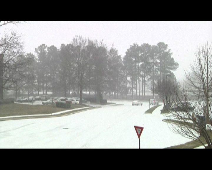 暴風雪吹襲美國南部大範圍停電