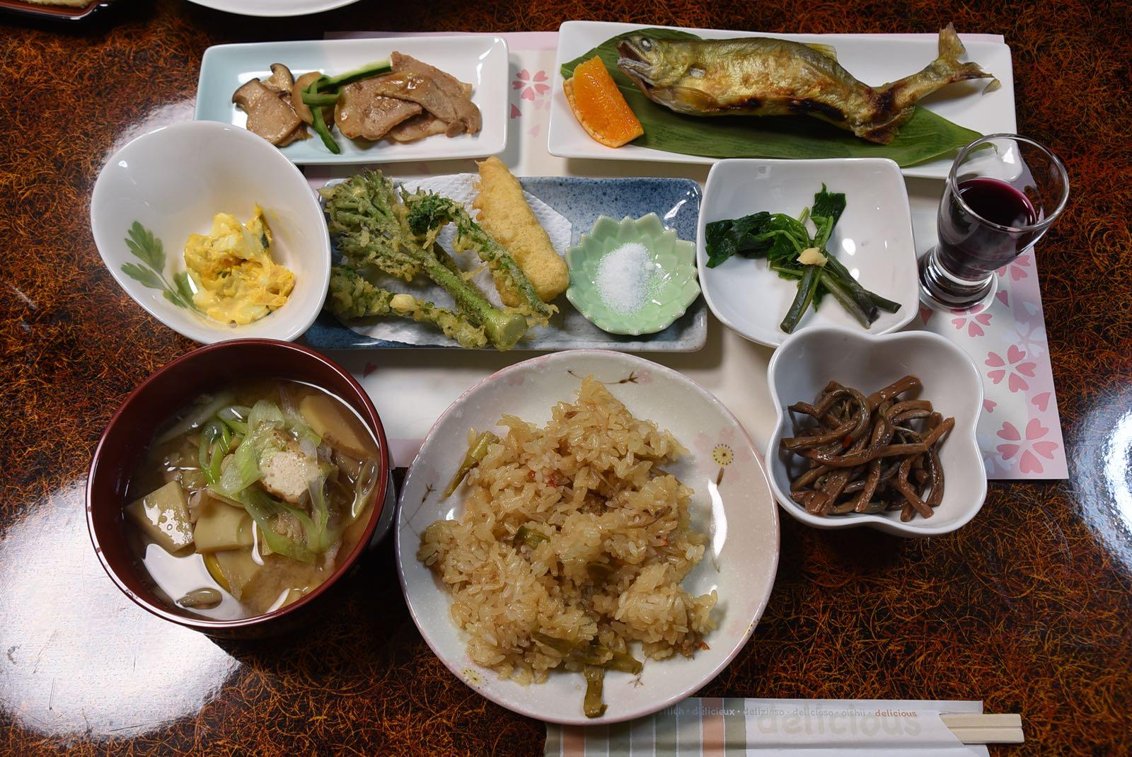 〈幸福就是旅行〉孖陶傑赴山形縣民宿食野菜-項明生