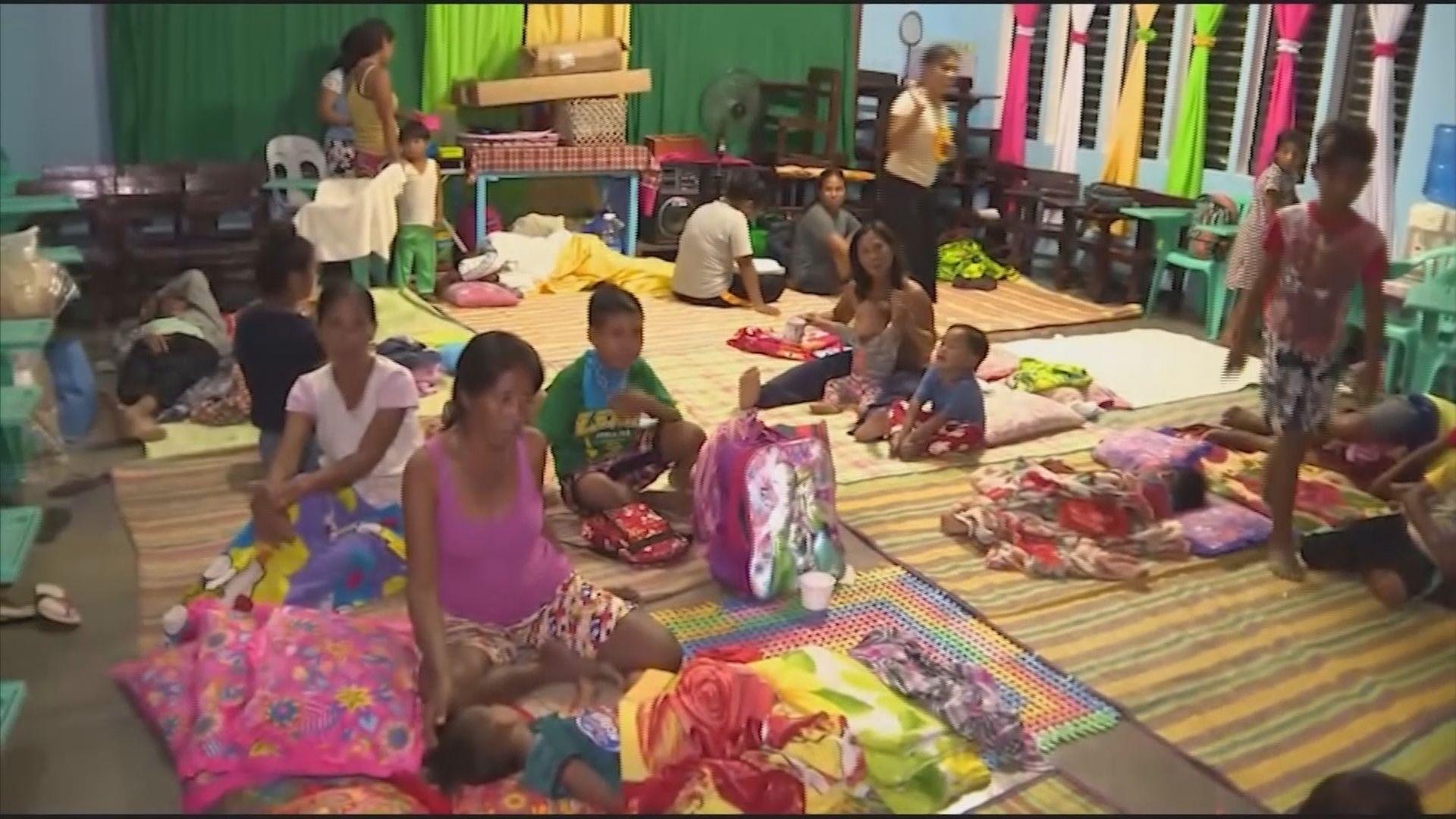 山竹移向菲律賓北部 超八十萬人要疏散避風