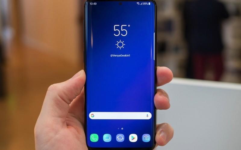 Samsung Galaxy S10+ 採用後置水平三鏡: 電池將增至 4000 mAh