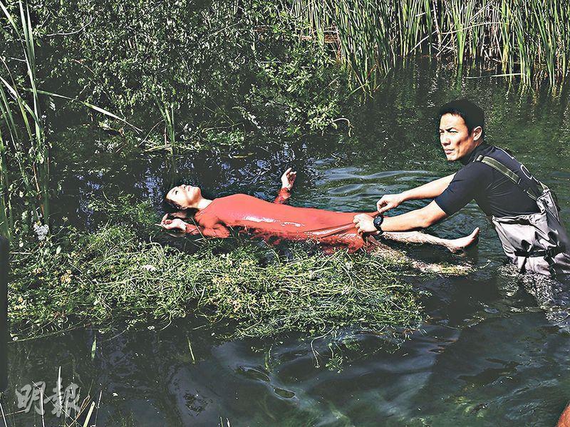 為演唱會赴新西蘭拍片搵命搏 楊千嬅攀山涉水哮喘病發