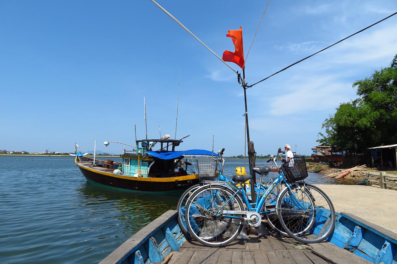 〈好遊〉與越南大學生踏單車遊會安鄉村
