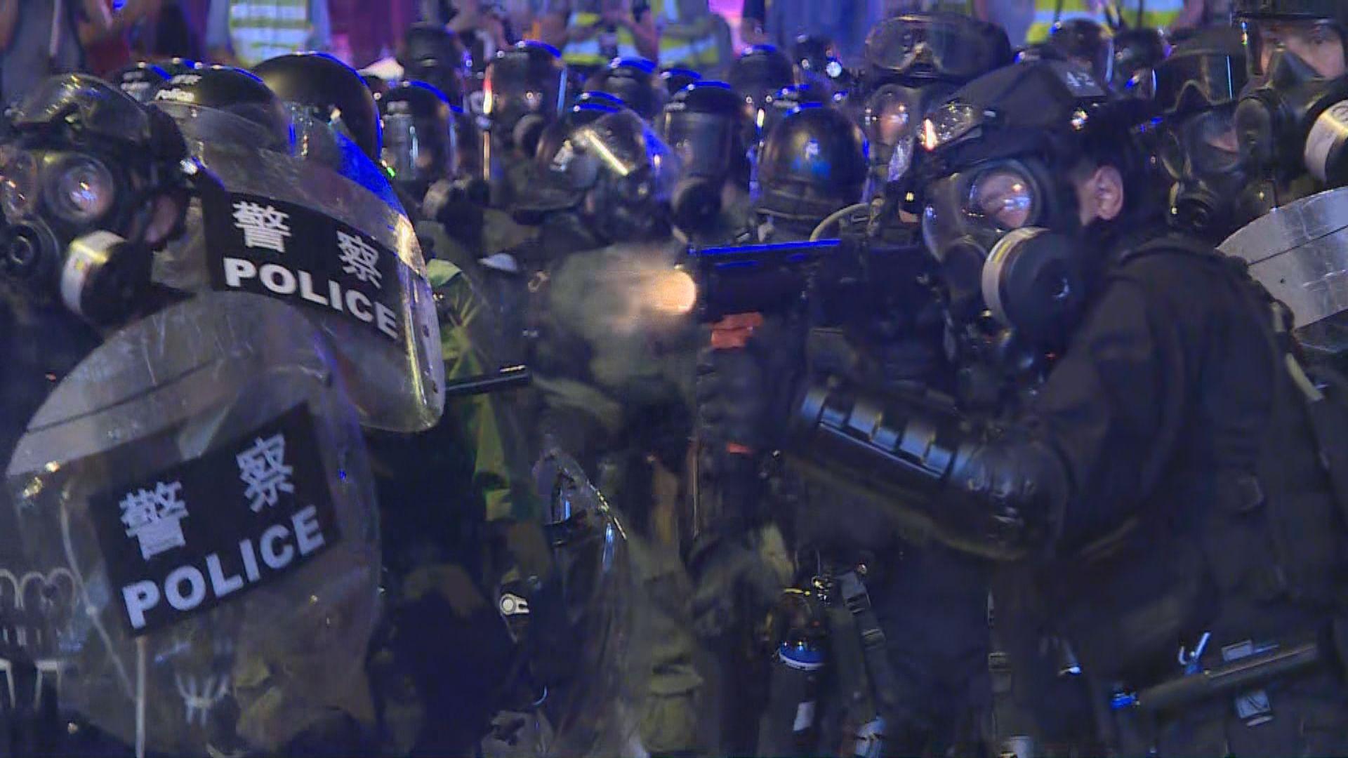 【不斷更新】警方在上環清場最新消息