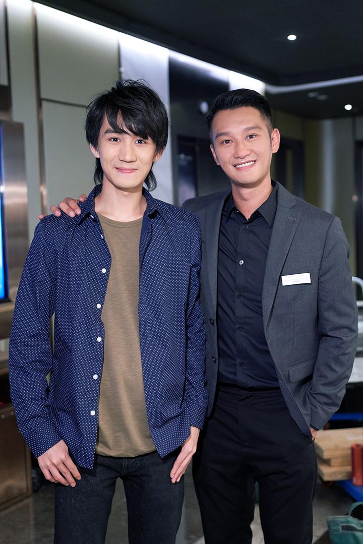 演員吳肇軒亦有在MV中客串。