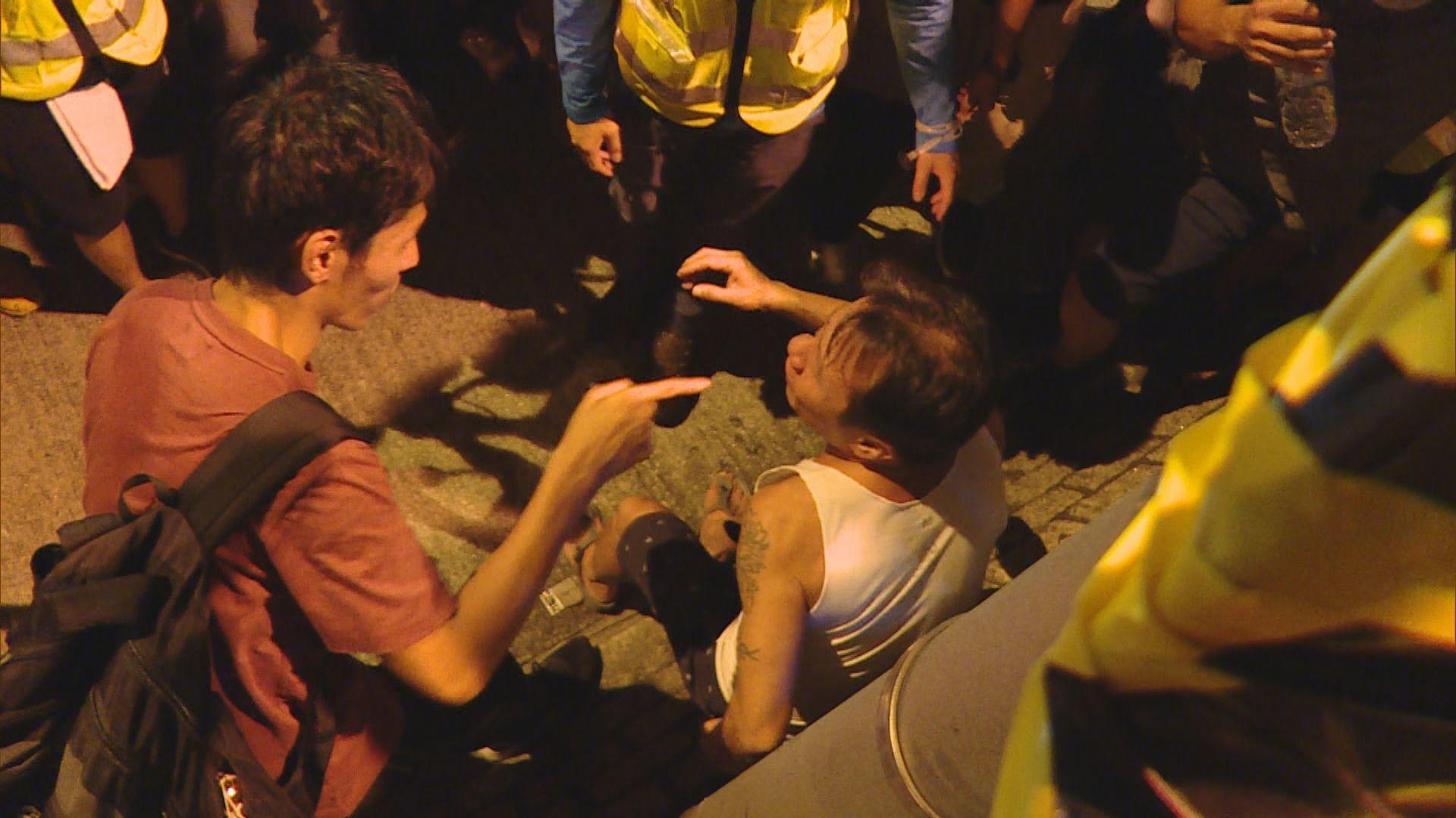 警方:不認同因警執法不公令示威者打人