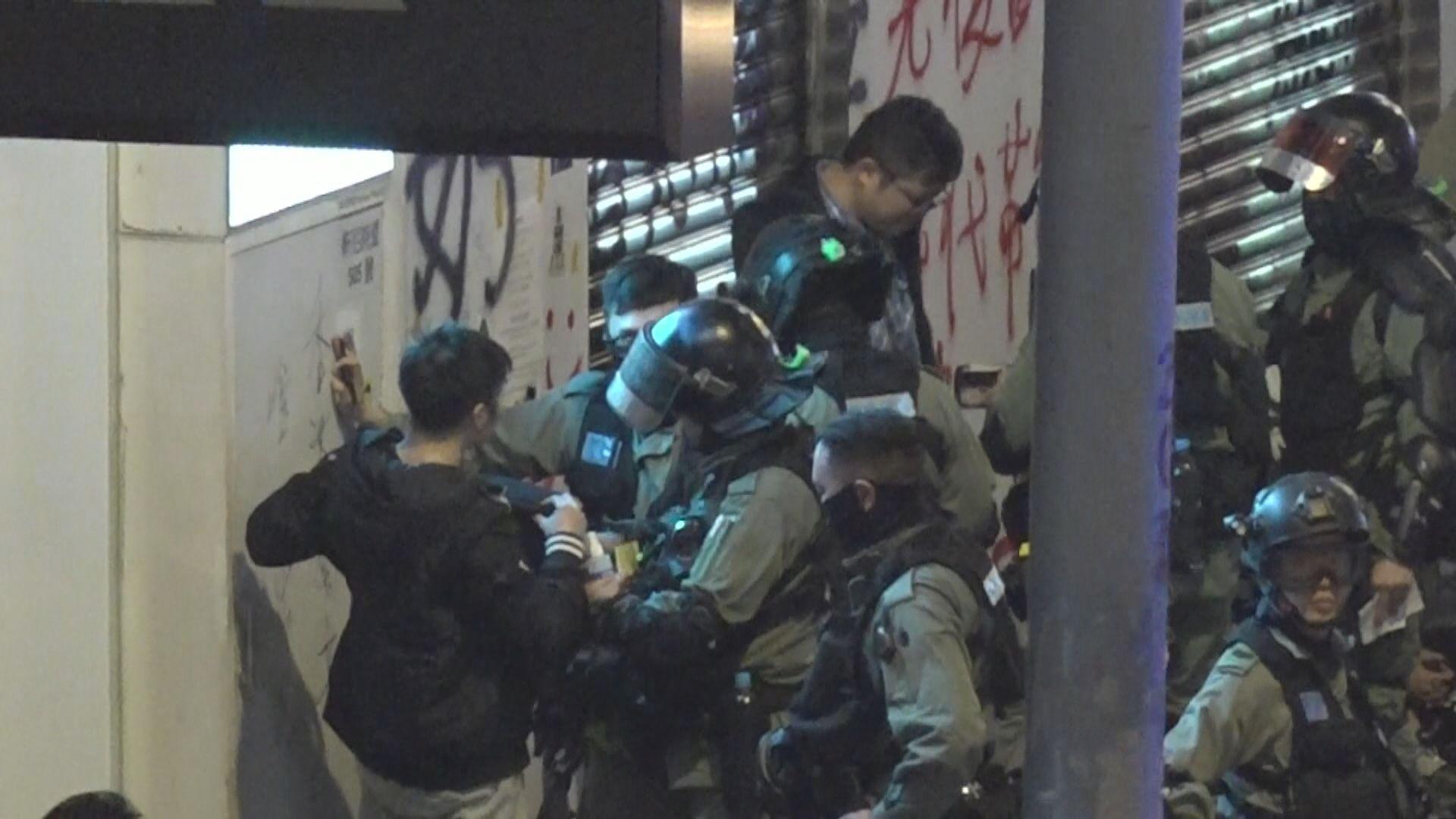 反修例示威以來41名公務員被捕 當中31人被停職
