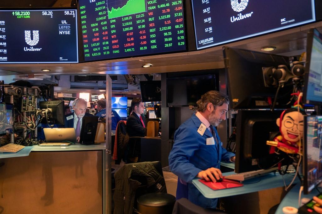 道指及標指結束3連升 因憂疫情重創美國經濟