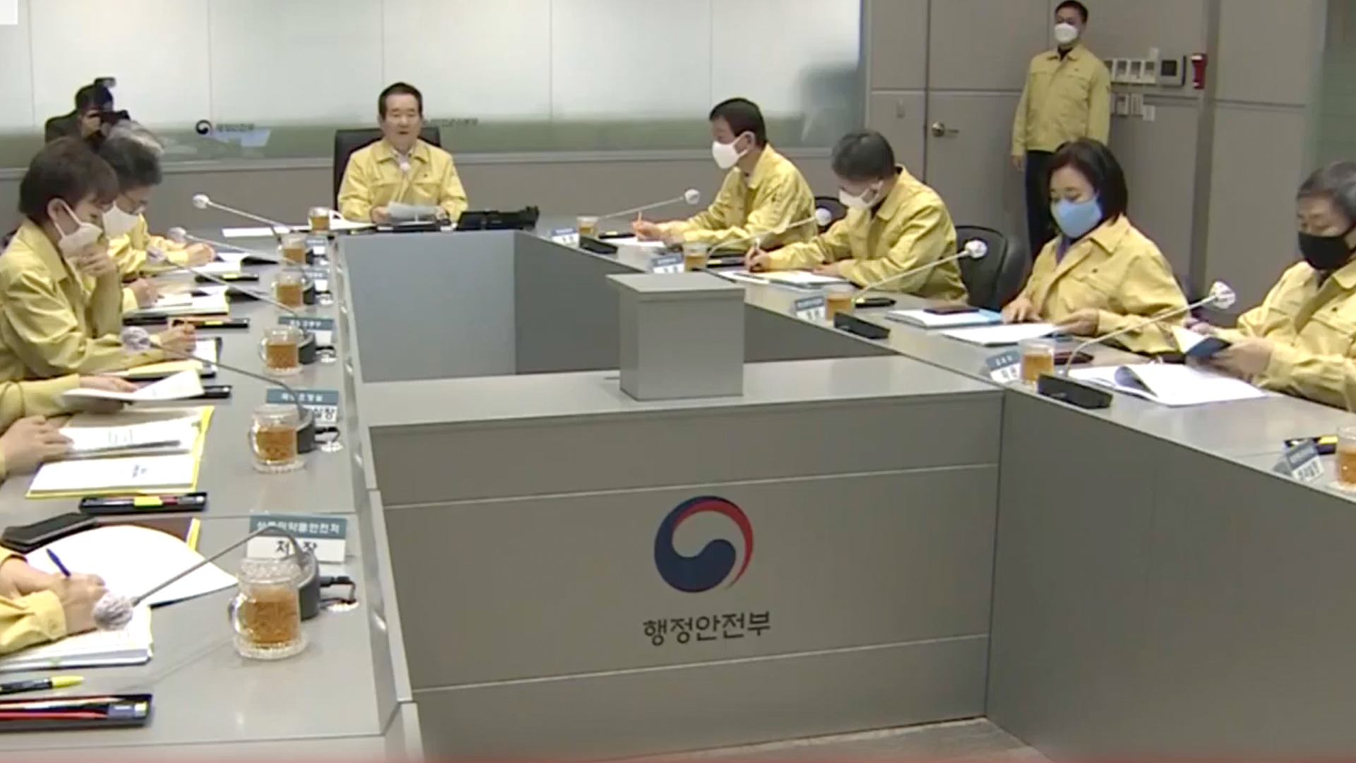 南韓周三起強制所有入境者隔離兩周