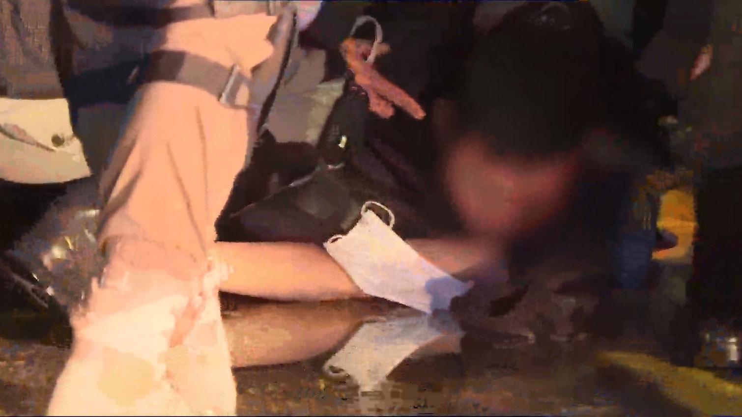 太子站831事件七個月有人以雜物堵路 警方制服多人