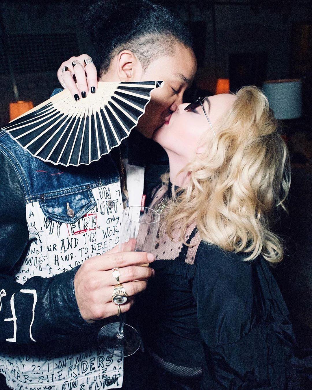 慶26歲男友生日 61歲麥當娜:最好的隔離伴侶