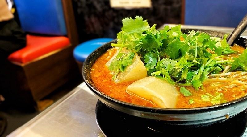 〈好食〉尖沙咀一剎那嘅光輝 星林居酸辣米線餐廳