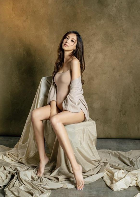 陳凱琳29歲生日晒孕照 身材Fit爆依舊骨感