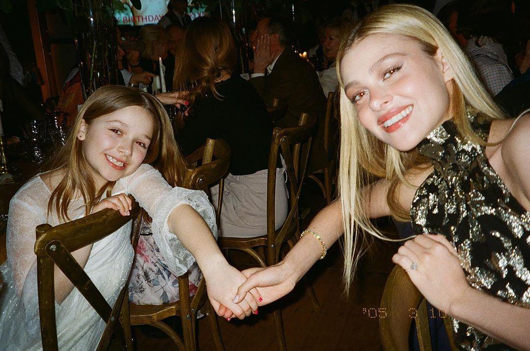 碧咸細女哈七(Harper)與 Nicola