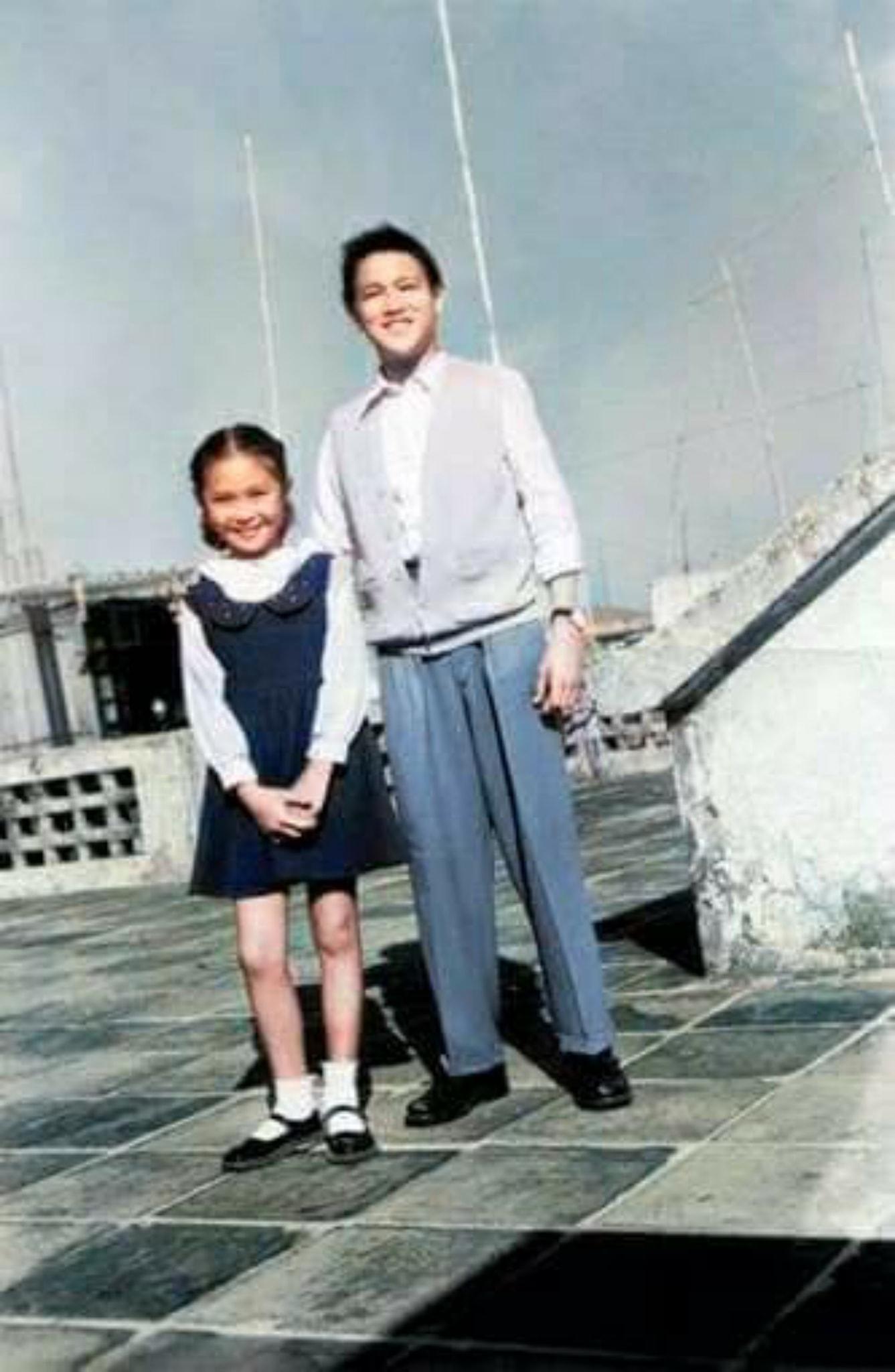 童年至少年李小龍和蕭芳芳