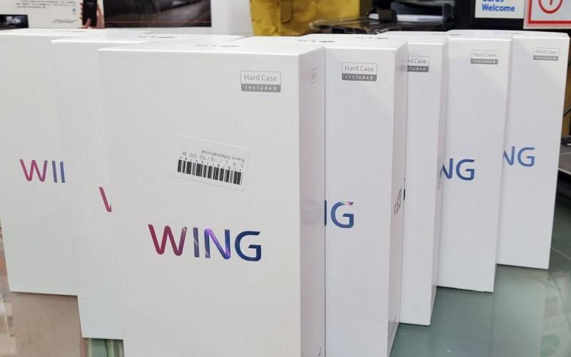 【水貨行情】T型屏幕手機 LG WING 再番貨,叫價$6,880!