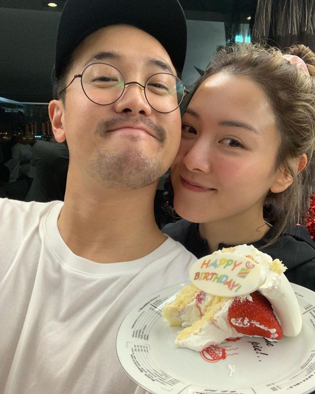 曾國祥41歲生日 老婆王敏奕上載親密合照「放閃」