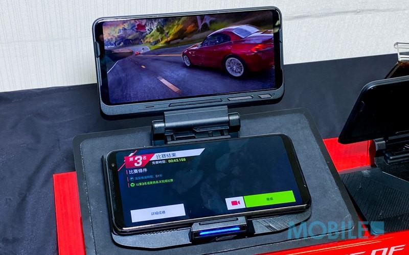 高達 $1,399 折扣,ROG Phone 3 推出 Twinview 3 組合套裝!