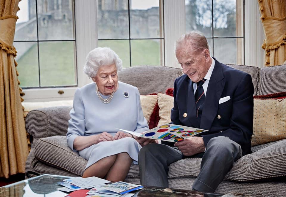 英女王菲臘親王結婚73周年 威廉王子三子女送卡祝賀
