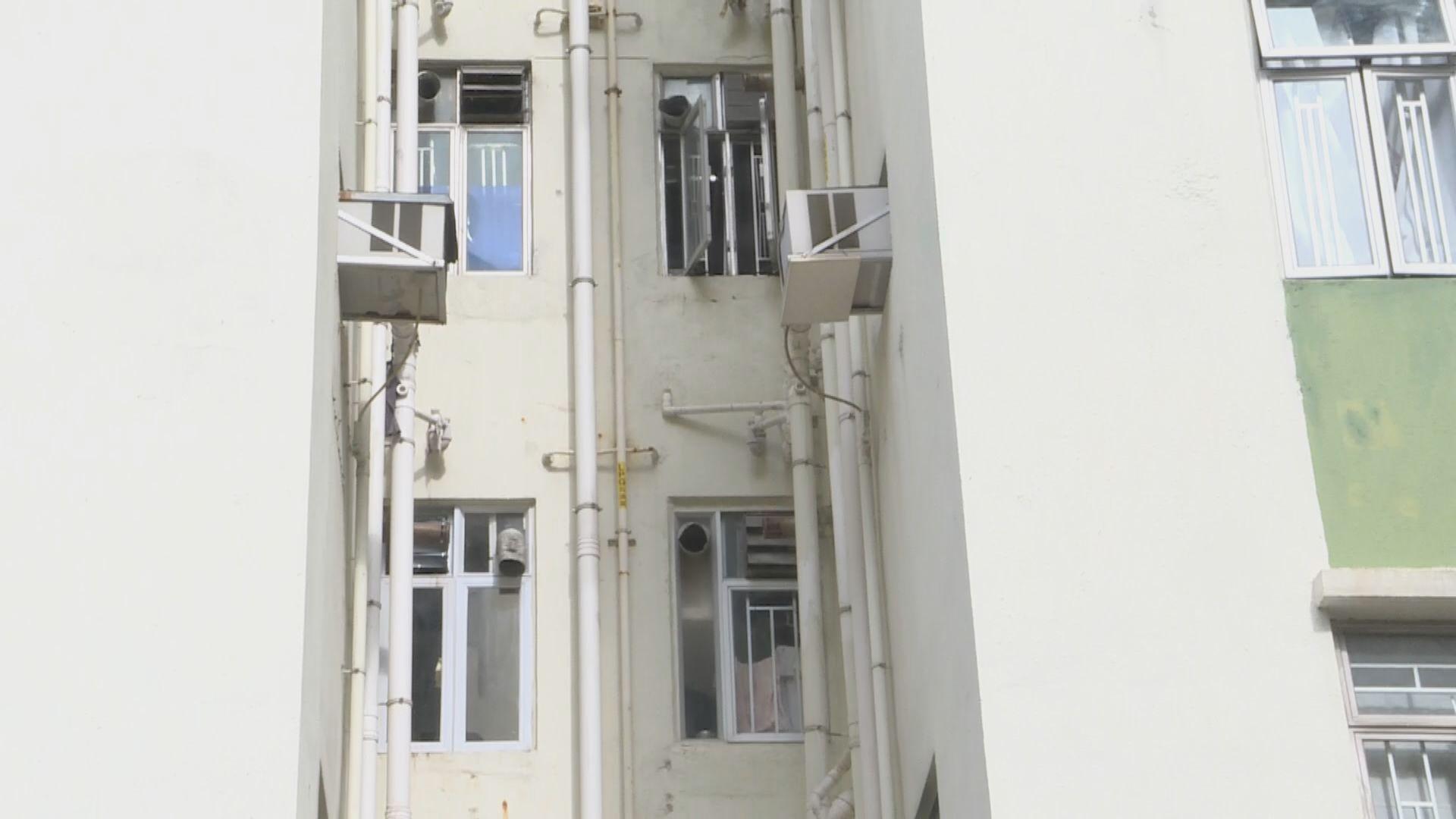 同座D室居民需撤離 袁國勇:麗晶第六座爆疫或與污水渠設計有關